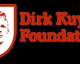 Ook wij 'omarmen' Dirk Kuyt en zijn Foundation